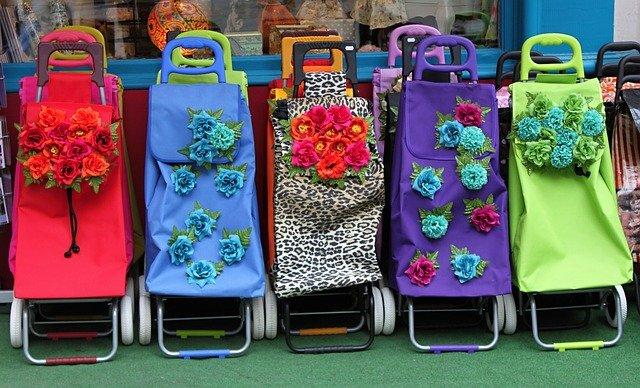 košíky s květinami