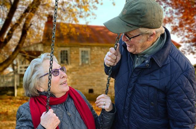 starý pár, podzim, řetězy