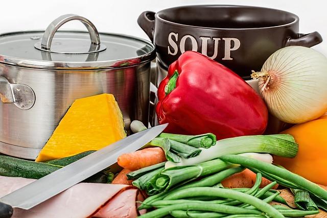 příprava polévky.jpg