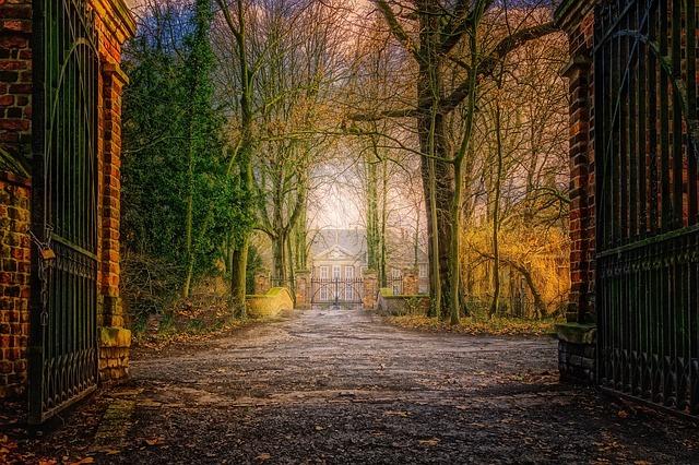 brána na zámek
